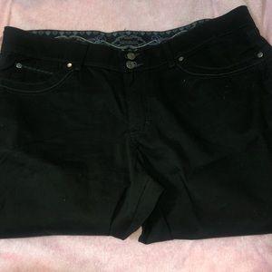 Capri Jeans/Pants